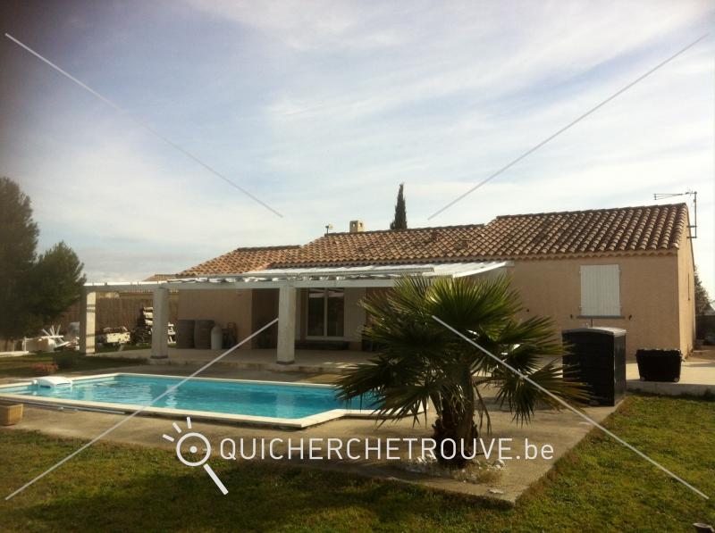 A vendre une villa avec piscine dans le sud de la france for Piscine trebes