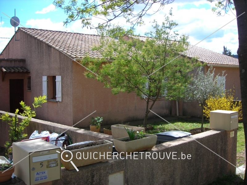 A louer maison avec jardin clos r gion de montpellier for Cherche a louer garage