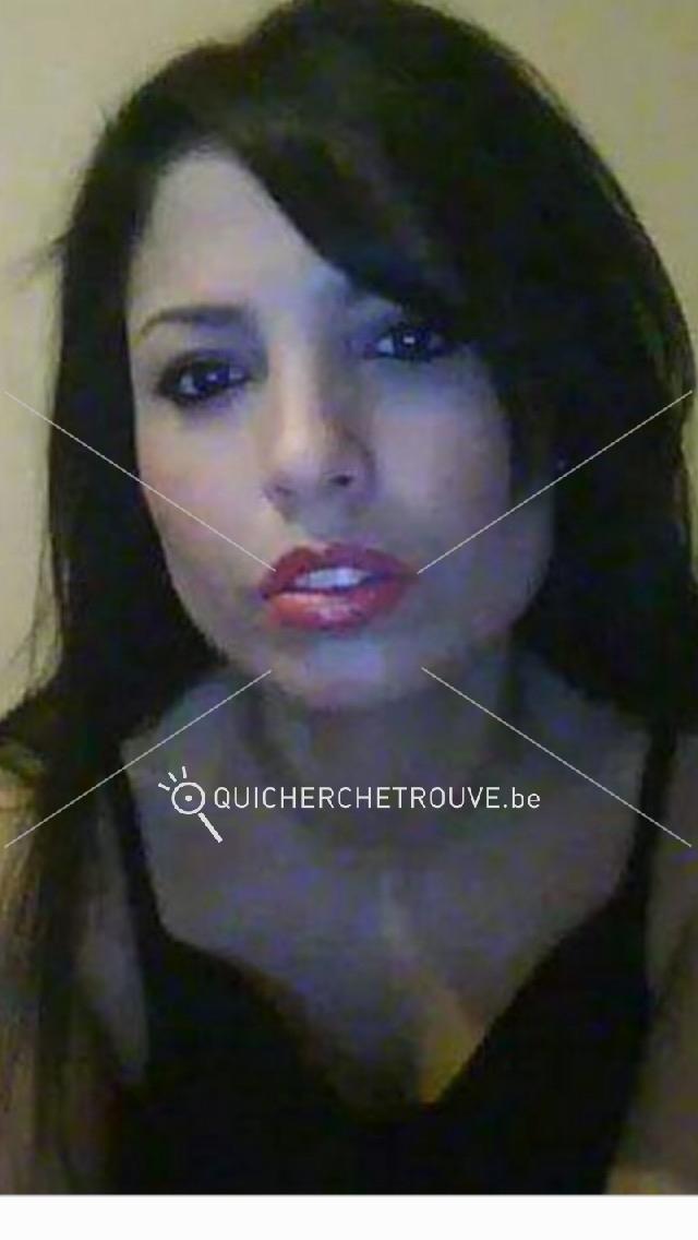 Femme portugaise cherche emploi